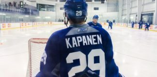Kasperi Kapanen wears Blue and White for the first time.